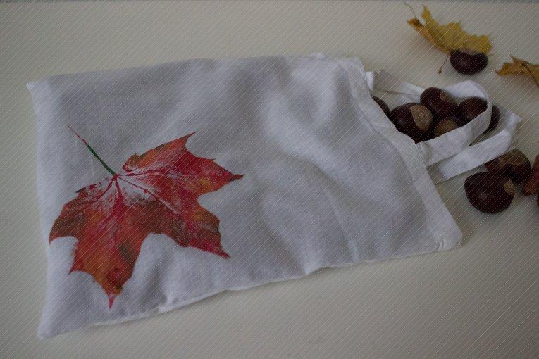 Beutel mit Blätterdruck